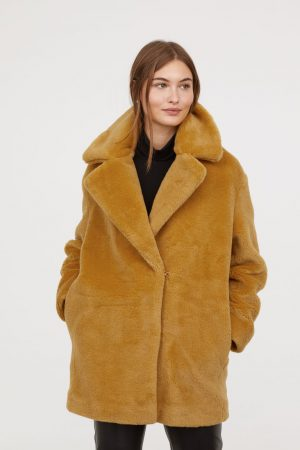 hm Short faux fur coat 300x450 - My Shop